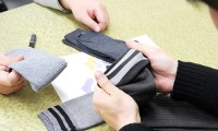 日本で一番有名なテーマパークで働く人の制服用靴下